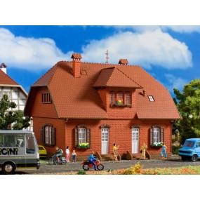 Кирпичный деревенский дом Vollmer 43659