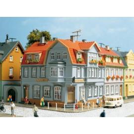 Угловой дом Auhagen 12249