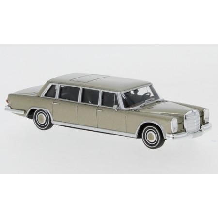Автомодель Mercedes 600 Pullman Limousine золотой BREKINA 13004