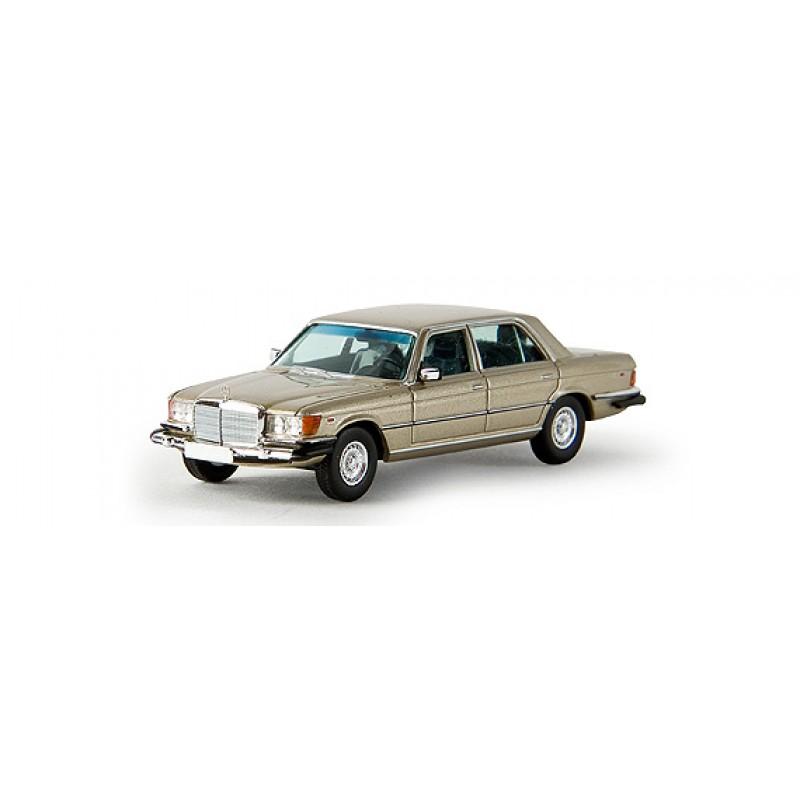 Автомодель Mercedes 450SEL (W116) Brekina 13157