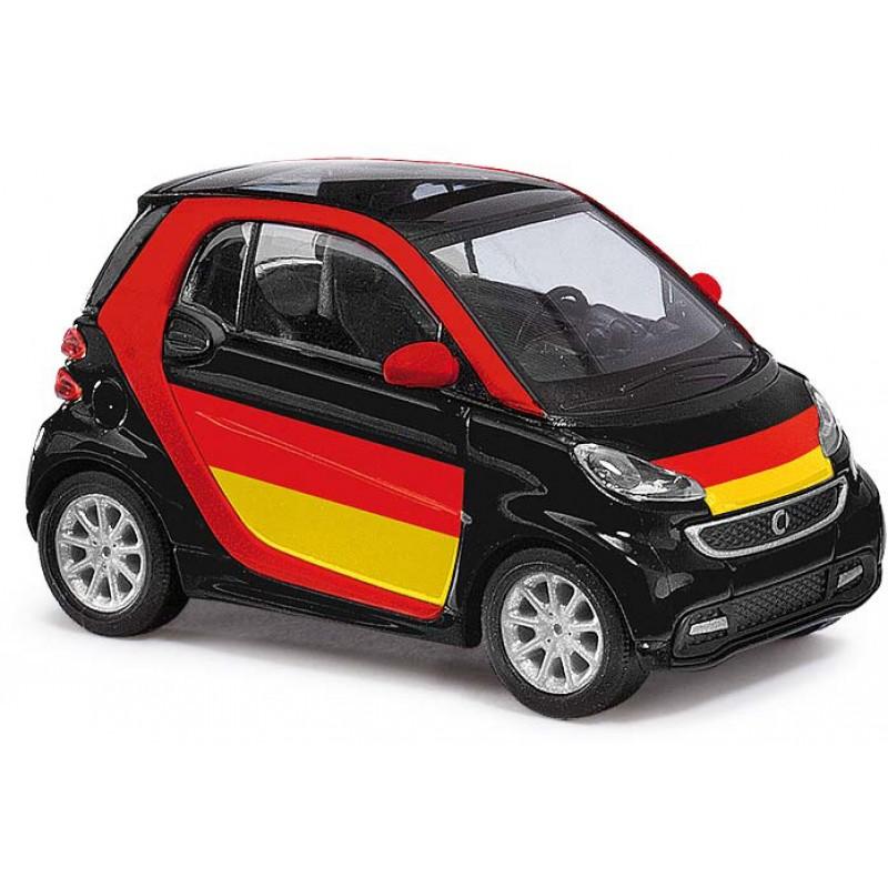 "Модель Smart Fortwo ""Футбольный фанат"" Busch 46219"