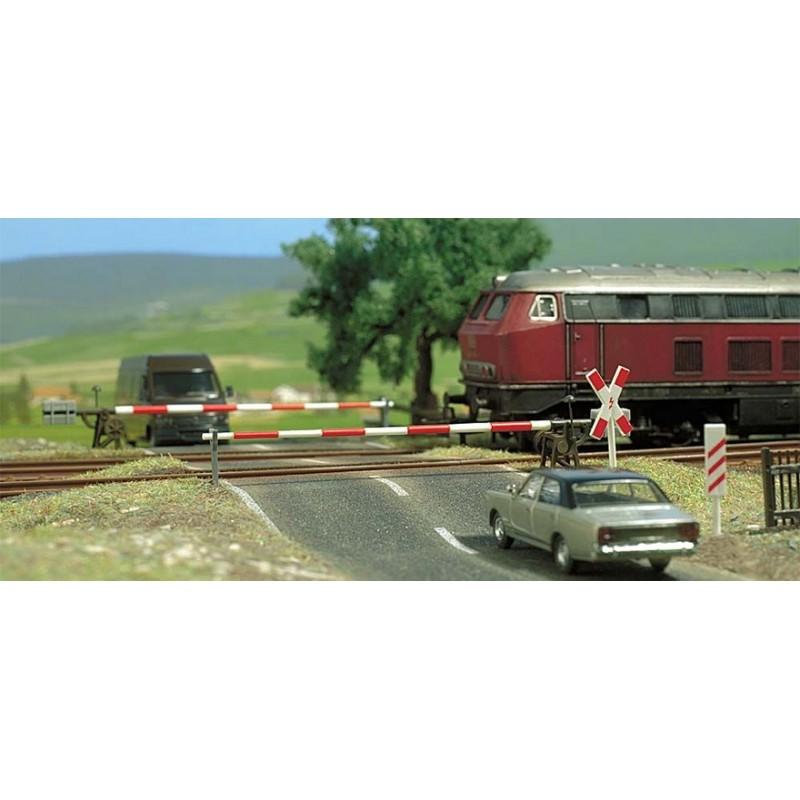 Железнодорожный переезд Busch 6021