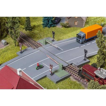 Железнодорожный переезд Faller 120244
