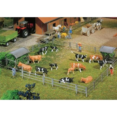 Набор ограждений для стойл и открытой фермы Faller 180434