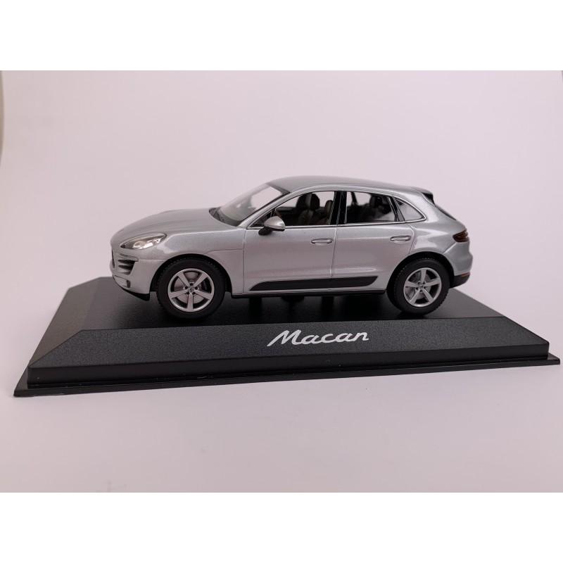 Автомодель Porsche Macan 2013