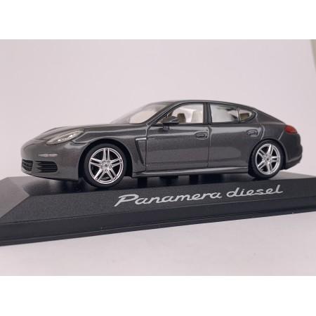 Автомодель Porsche Panamera Diesel 2014