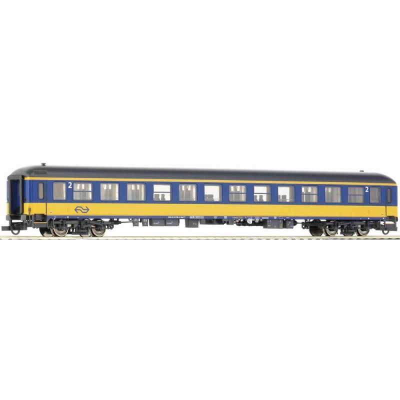 Пассажирский вагон экспресс-поезда NS Roco 45142