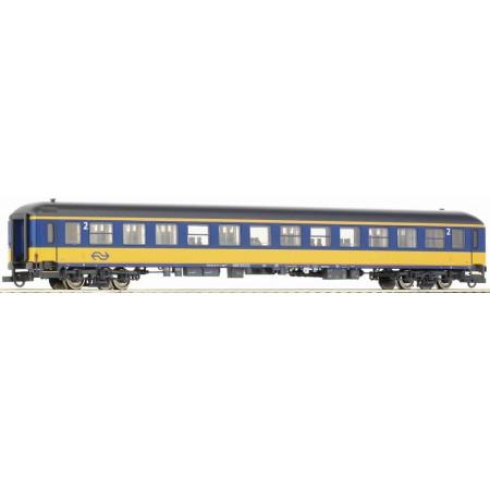 Пассажирский вагон экспресс-поезда NS Roco 45143