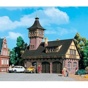 Деревенский домик с башней Vollmer 43756